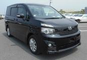 Toyota VOXY 61390 image1