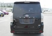 Toyota VOXY 61390 image6