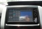 Toyota VOXY 61390 image17