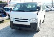 Toyota Hiace Van 63421 image4