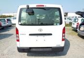 Toyota Hiace Van 63421 image5
