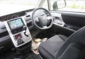 Toyota Voxy 63423 image7