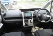 Toyota Voxy 63423 image9