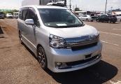 Toyota voxy 2013 Silver