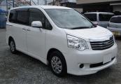 Toyota noah 2012 Pearl White